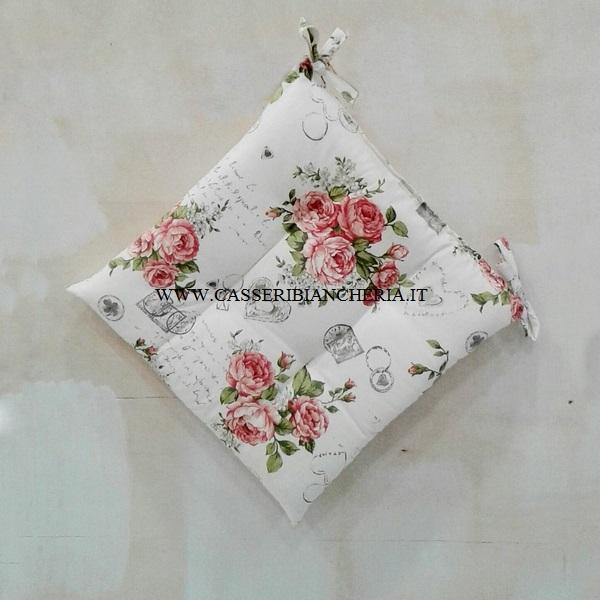 Cuscini per sedie shabby roses casseri biancheria for Cuscini per sedie shabby chic
